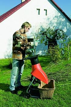 Drtič zahradního odpadu BIOTEC 1600/2200 (MOUNTFIELD)