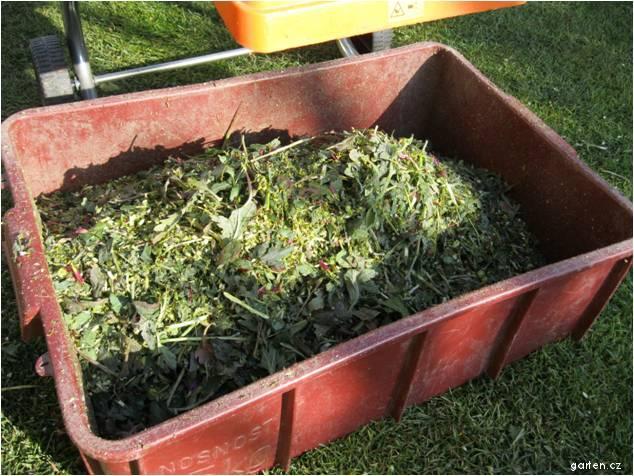 Podrcený odpad určený pro kompostování